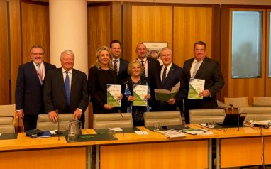 Media Release – RDACWQ meet with Deputy Prime Minister to explore Central and Western Queensland's economic priority projects